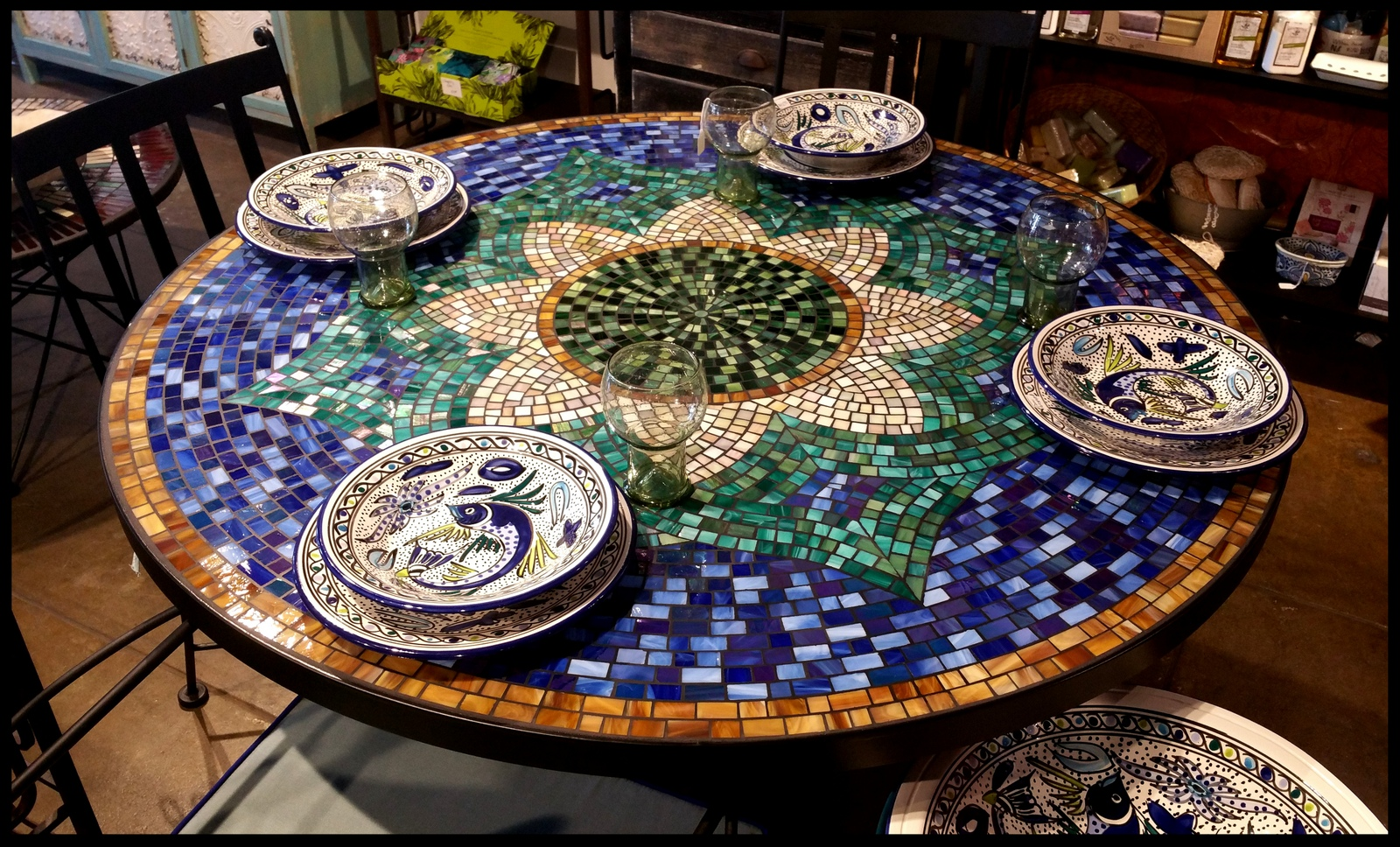 TILE MOSAIC TABLE MALIBU TILE