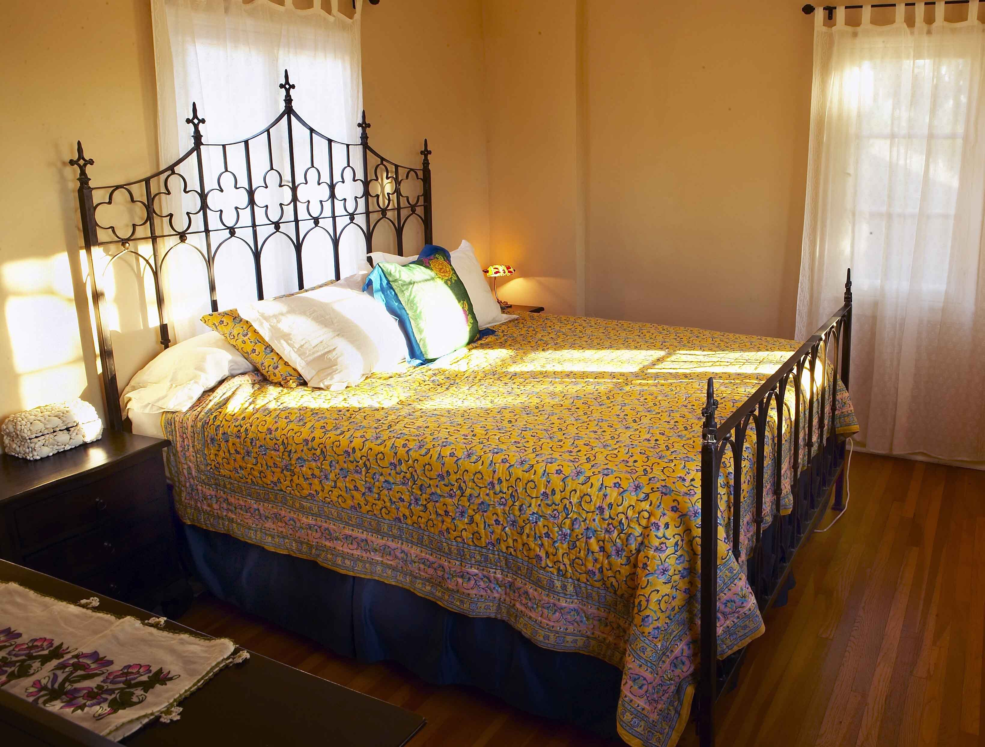 furthur wrought iron and carved teak beds, Headboard designs